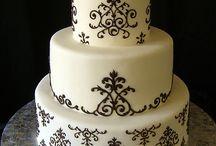 Lovely Cakes / unique, lovely, beautiful cake. / by Elise @frugalfarmwife.com