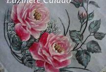 Vídeos pintura tecido - tela - e outros / Vídeos ensinando como pintar tecido, tela, garrafa, gesso, madeira, etc. / by Giselda Pereira