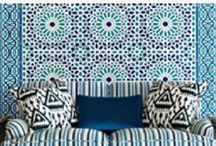 Pretty On My Wall Paper / by Design Matters Panama, Inc