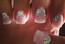 wedding nails / by Sarah Denn