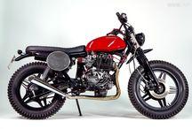 Honda CB 400 N Café-Racer / by Adrien Blandin