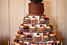 Cake & Cupcakes / by Tara Hankins