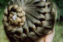 Hairstyles / by Melanie Vause