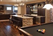 Basement Family Rooms / by Debbie Hummel