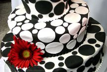 Cakes / by Melena Christopherson