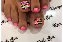 Toe nails / by Valarie Padgett