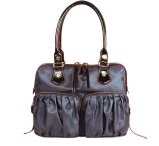 Bag in hand / by Debbie Schmidt