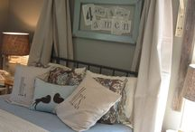 Lots of HEADBOARDS... / by Laurel Putman @Chipping with Charm