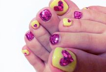 Crazy Nails / by Hayley Dugger