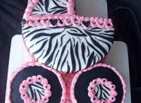 Cakes I wanna make / by Dara Williams