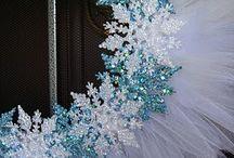 Wreaths / by Ellen Mulrooney
