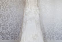 I Love Wedding Dresses / by Debbie Miller