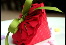 Paper Pretty Crafts & Printables / Paper crafts of MANY kinds and templates for many others. / by Lisa Hall