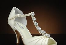 Trend Alert: Vintage-Inspired Wedding Shoes / by My Glass Slipper