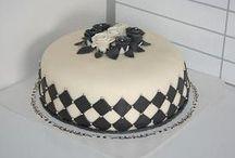 cakes / by Vivian Andersen