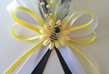 BABY SHOWER CORSAGES / by YLEANNA ZALCE