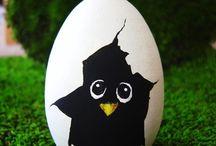 Egg painting / by Hannah Mawson