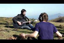 Música gafapasta / Tras dos canciones te salen unas gafaspasta en la cara. / by Eladio Garzon