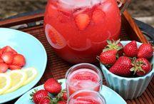 Drinks / by Laurie Arnheim