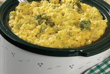 Casseroles and Crock Pot Dishes / by Sara Martin