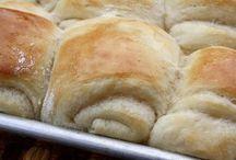 Om nom nom ~ Bread Stuff / by Nicole Elliott