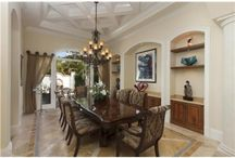 Dining Room Delights / by Tiffany Muehlbauer