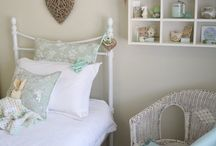 Indee Anna's Room / by Mizpoeme