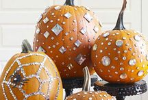 Halloween/Autumn decorating / by Donna Wright