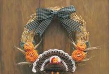 Thanksgiving decorations / by Marie Hahn