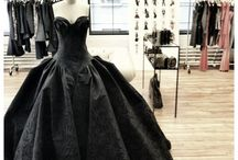Fierce Gowns for a Queen / by Maia Bland