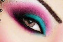 Makeup I LOVE <3 / by Kristi Johns