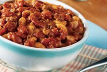 Ground Beef Recipes / Browse the Hunt's Ground Beef Collection for an irresistible new dish, a quick-to-fix weeknight meal, or a new twist on an old favorite—brought to life with the fresh taste of Hunt's. / by Hunt's Tomatoes
