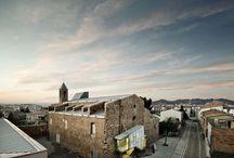 Catalan Architecture / by Xavi Ru Tururú