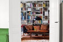 Home Sweet Home :: bookshelves / by Sara Meagher