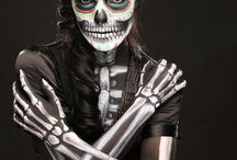 Halloween ideas.. / by Teresa Diaz
