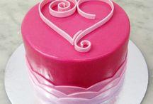 Sarahs Cakes / by Cheryl Barnett