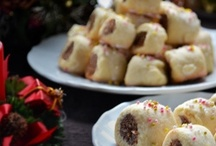 Holiday Italian Christmas Cookies / by MaryAnn Urbanik