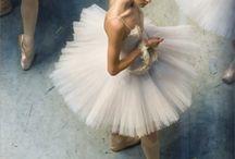 Ballet / by Sara Hat