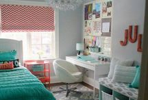 ♦ Teen Roomspiration ♦ / For fellow teens who need inspiration when redoing their bedroom / by Ellen Linnea