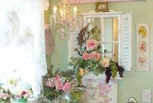 Shabby Chic / by Amber Thaxton