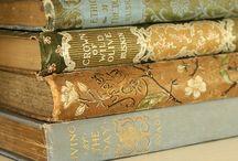 Books  / by Julie Keeter
