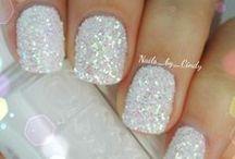 Nails, nails, nails / by Nina Beatty
