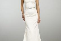 Wedding dresses / by Tara Johnson