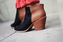 Zapatos / by Martha Obermiller