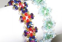 beadweaving - crystals / by The Crafter's Apprentice