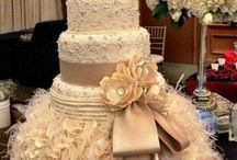 Cake Ideas / by Emily Elizabeth