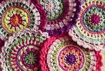 love crochet / by Doaa AbuAlhamd