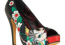 Shoes / by DeBi O'Campo