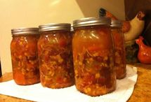 Canning/Freezing/Preserving / by Michelle Garvin