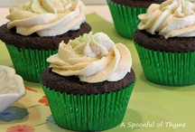 Cupcakes and Muffins / by Linda Woods